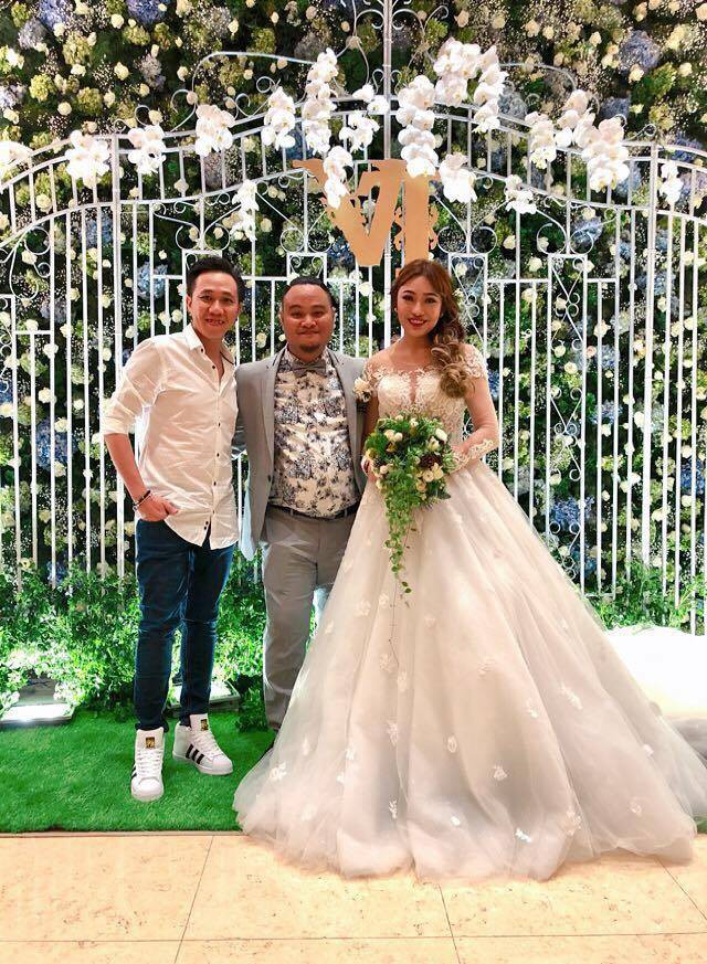 Trấn Thành, Cát Phượng và dàn sao Việt rạng rỡ đến dự đám cưới của diễn viên Vinh Râu - Ảnh 2.