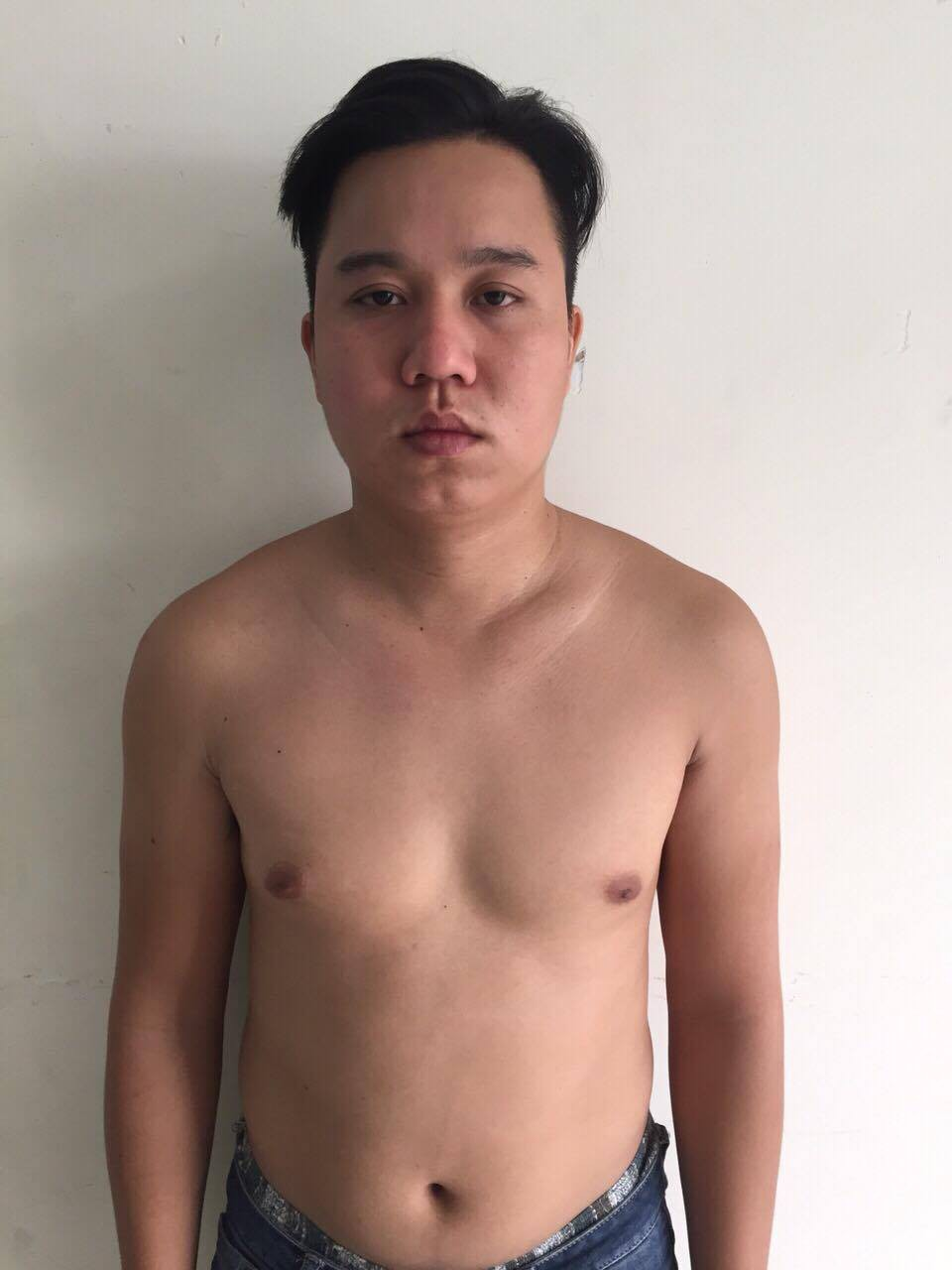 Thanh niên dùng dao sát hại thực khách ở Sài Gòn khai vì... cuộn giấy vệ sinh - Ảnh 1.