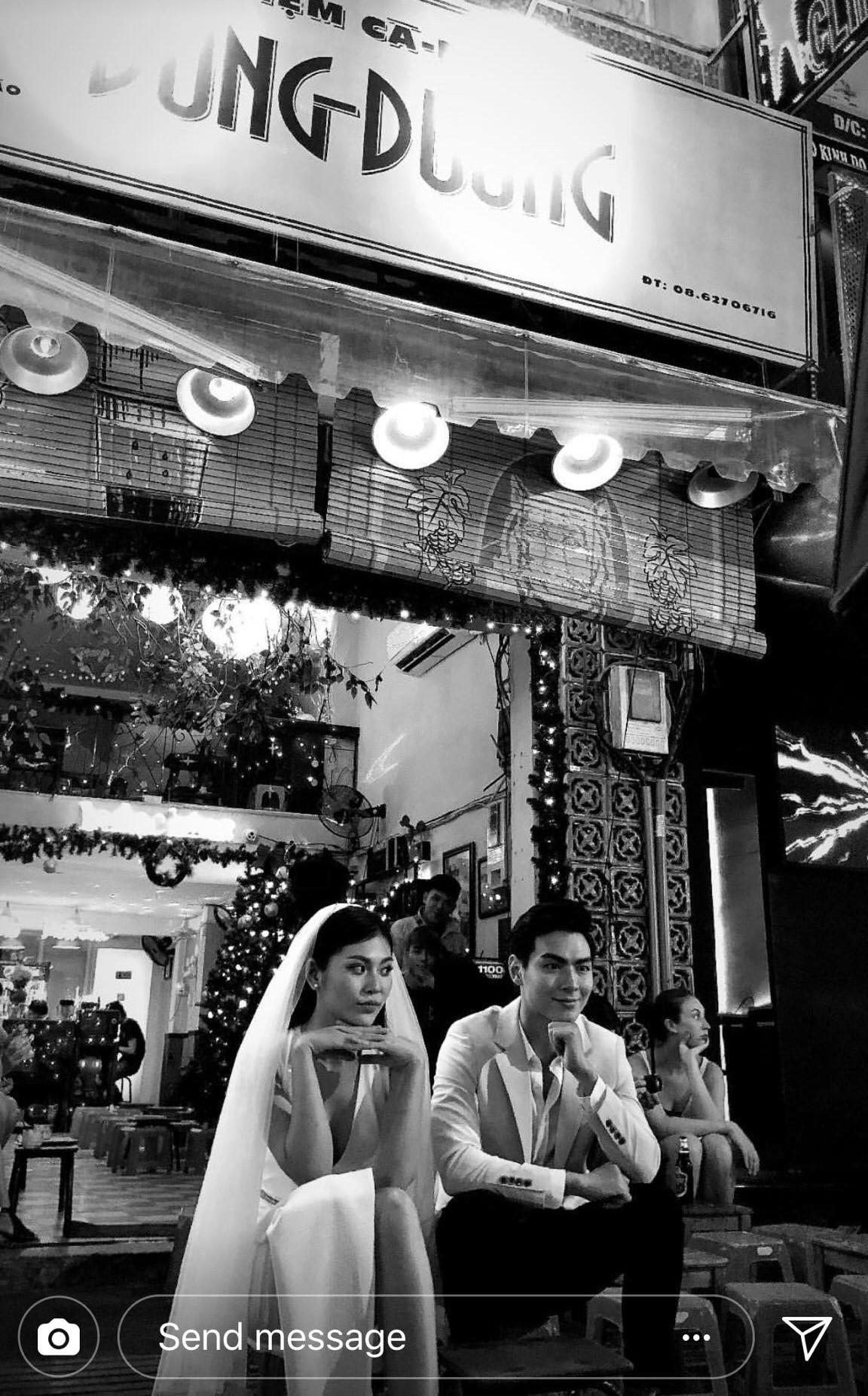 Chúng Huyền Thanh mặc đầm lộng lẫy, rạng rỡ đi chụp ảnh cưới với bạn trai - Ảnh 2.