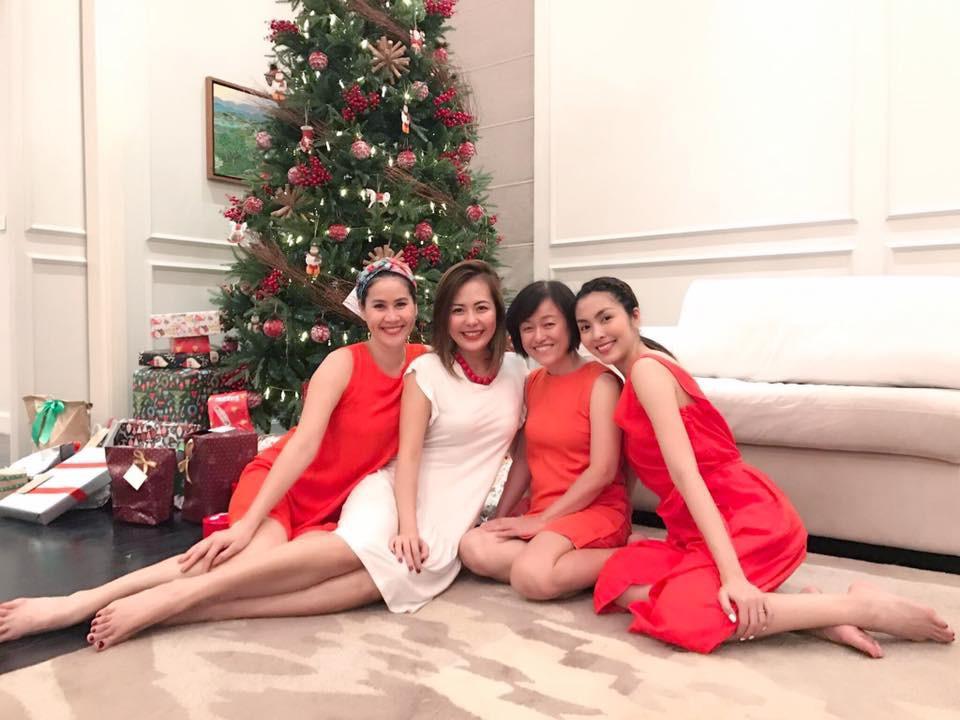Tăng Thanh Hà và hội bạn tri kỷ tổ chức tiệc Giáng sinh sớm cho các con - Ảnh 5.
