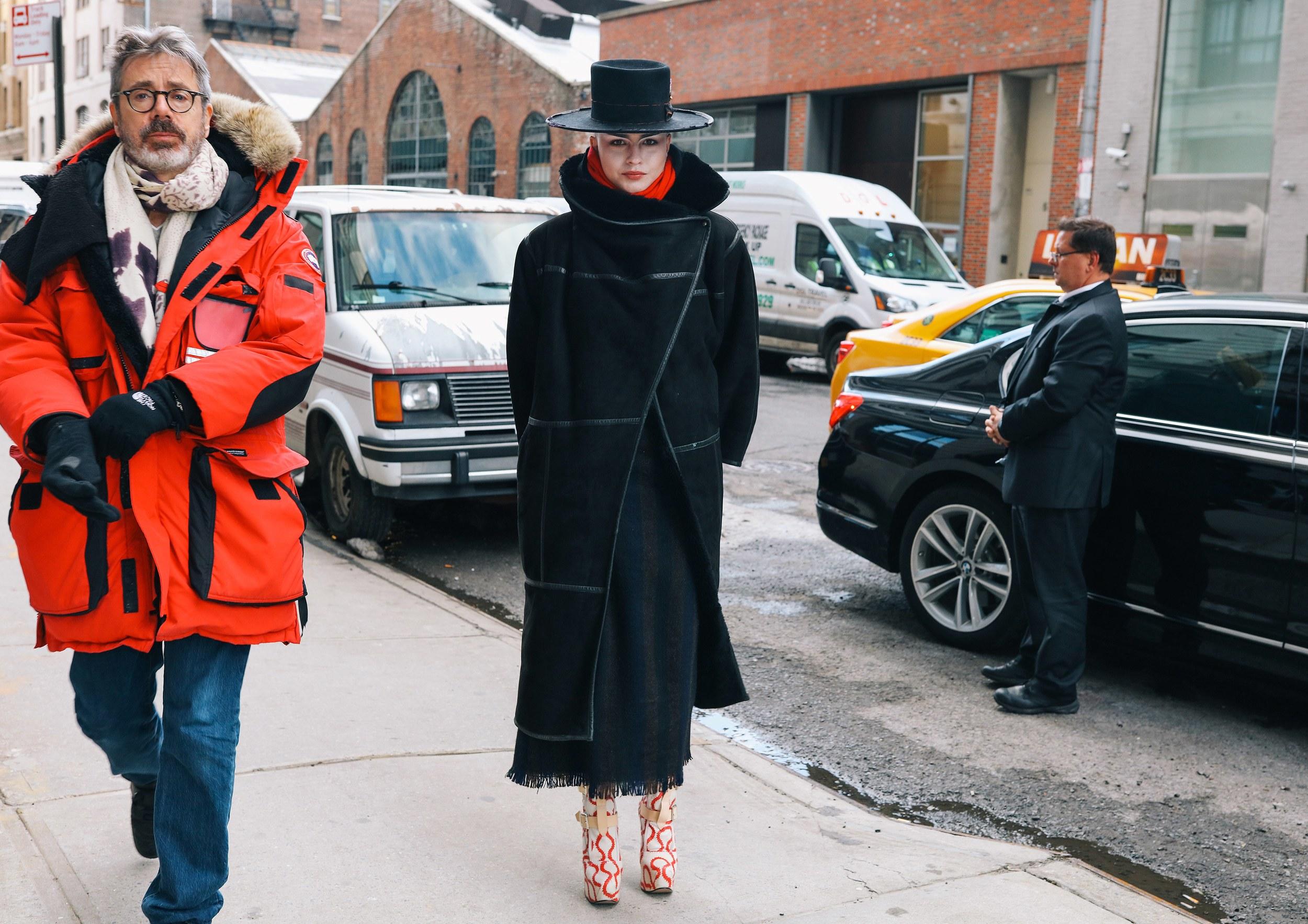 Chiêm ngưỡng đặc sản street style đẹp khó rời mắt tại Tuần lễ thời trang New York - Ảnh 24.