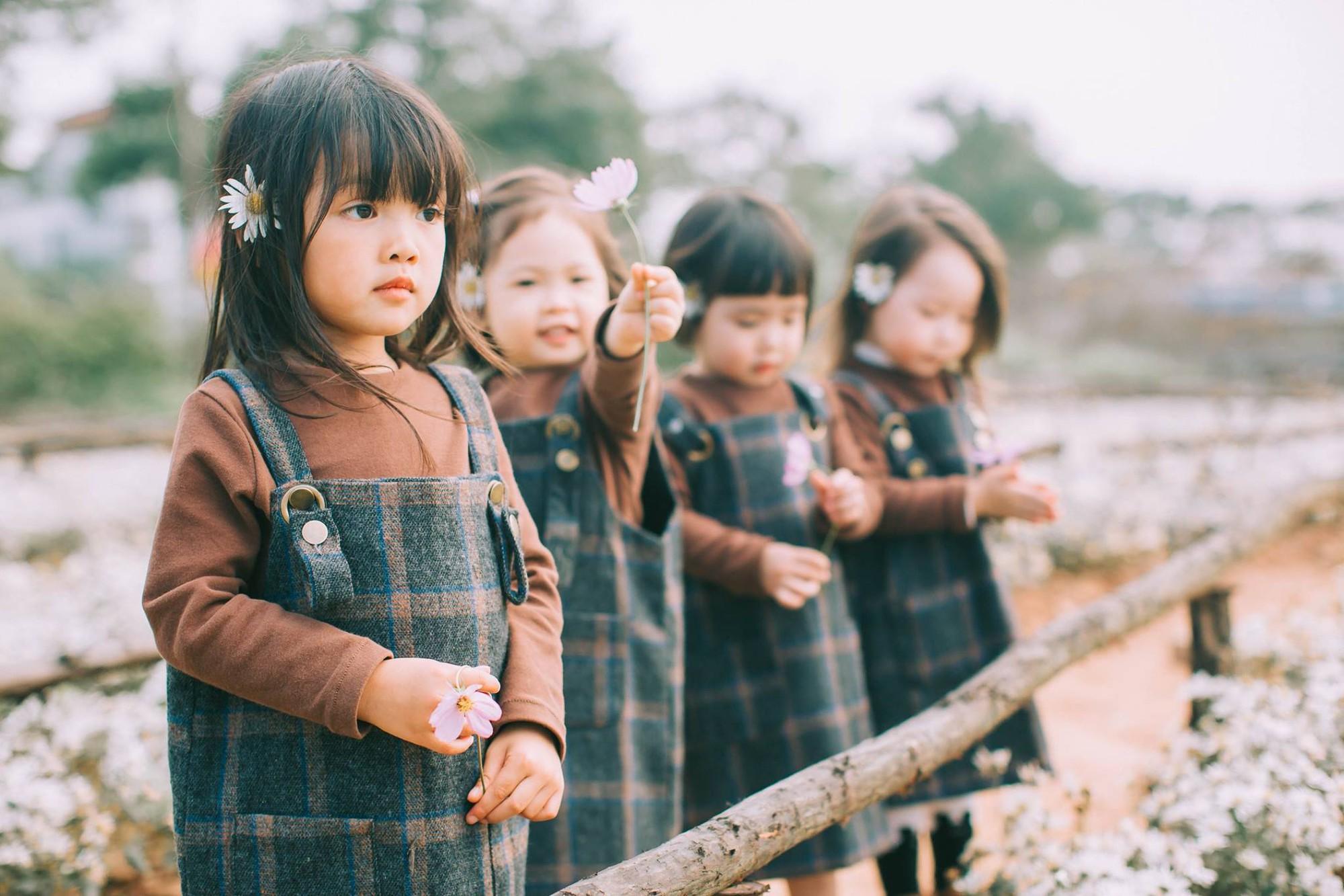 Mẹ chơi với nhau thời ĐH, lên 3 tuổi các con đã có bộ ảnh cùng hội bạn thân siêu đáng yêu - Ảnh 9.