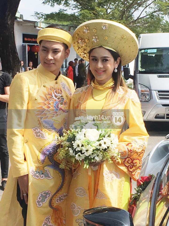 Loạt ảnh cận cảnh cô dâu Lâm Khánh Chi diện áo dài long phụng quét đất về nhà chồng - Ảnh 9.