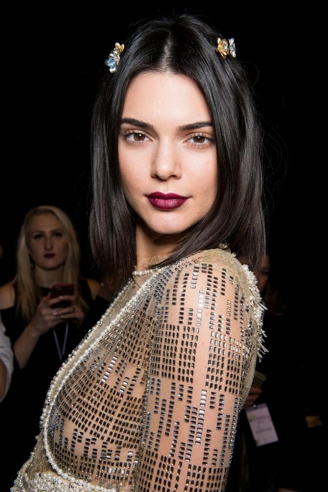 10 xu hướng makeup mùa thu tuyệt đẹp từ sàn runway con gái châu Á có thể áp dụng ngon ơ - Ảnh 5.