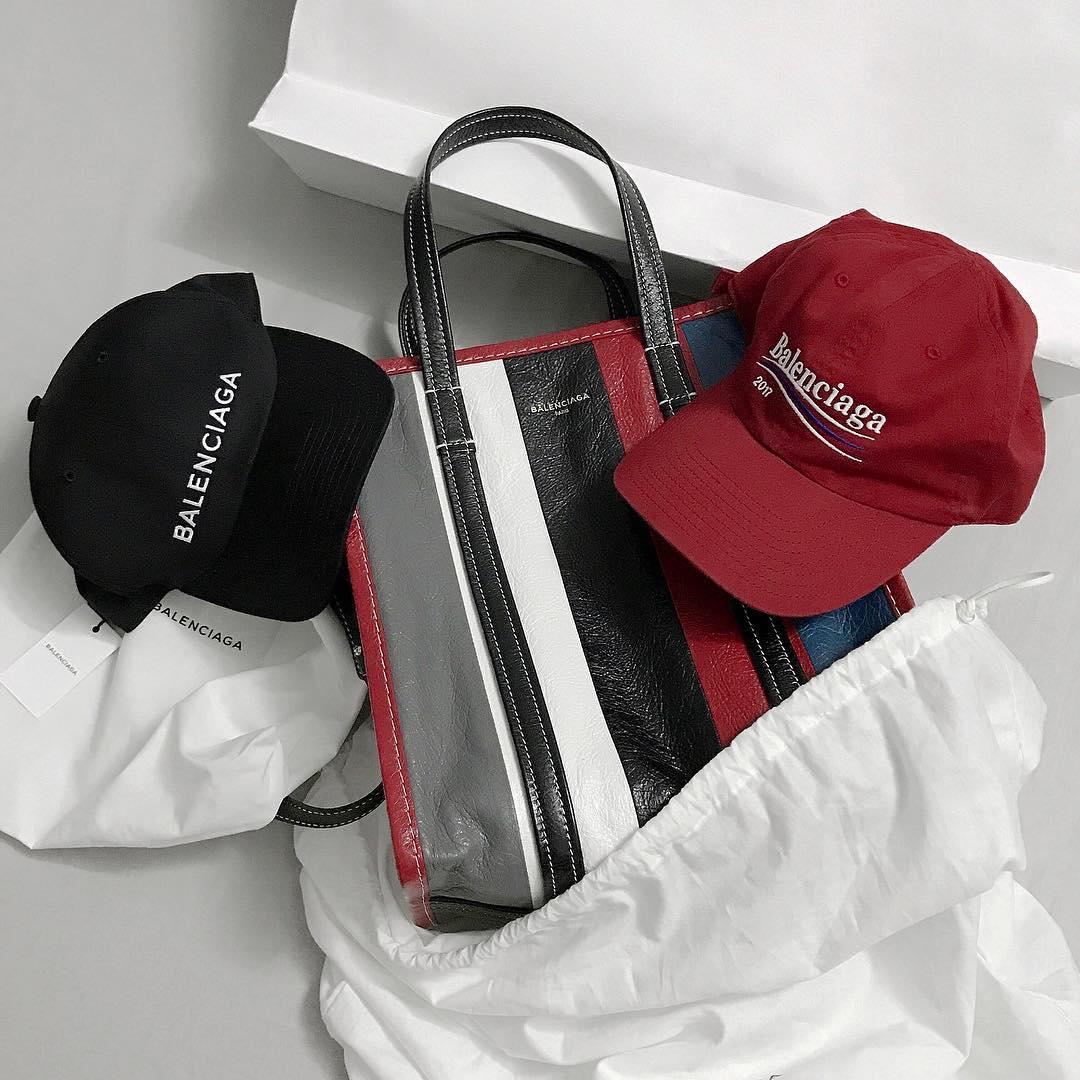 Giới trẻ châu Á đang sốt rần rần vì chiếc mũ của bố cool không tưởng đến từ Balenciaga - Ảnh 1.