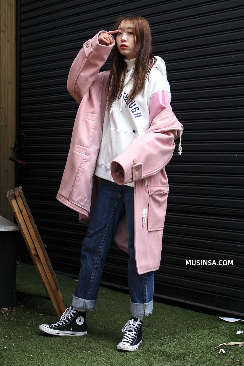 Làm sao để mặc đẹp được như thế? Phát ghen với street style nổi bần bật của giới trẻ thế giới - Ảnh 3.