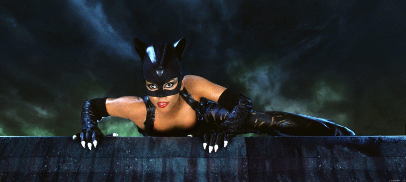 Wonder Woman và trách nhiệm giải đen cho các phim về nữ anh hùng - Ảnh 3.