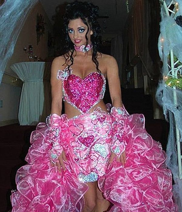 17 cô dâu hóa tuồng chèo khi khoác lên mình những thảm họa váy cưới - Ảnh 13.
