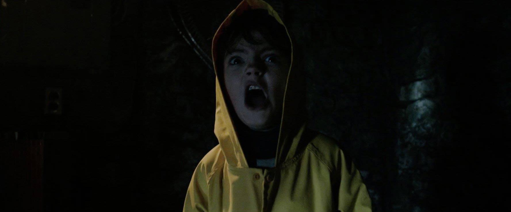 IT - Nỗi ám ảnh kinh hoàng từ tên hề đáng sợ nhất trên màn ảnh - Ảnh 3.