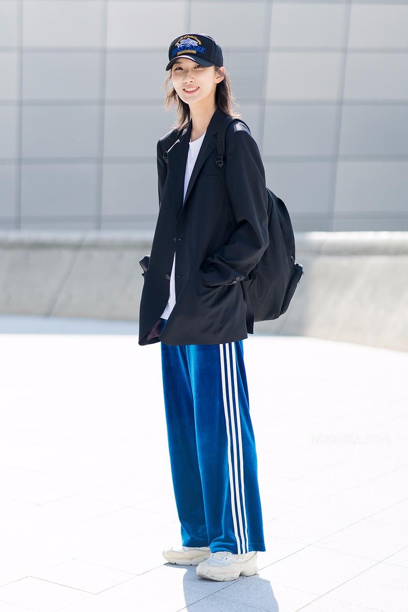 Chỉ dạo phố mà giới trẻ Hàn vẫn lên đồ đẹp hết nấc, không học hỏi đôi chút thì quả là phí - Ảnh 3.