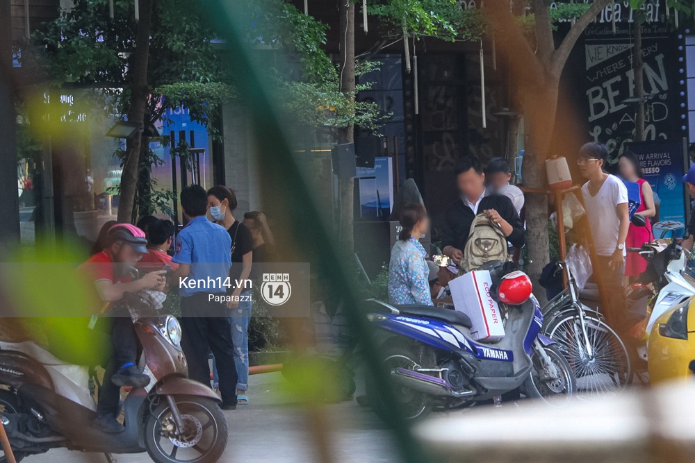 Midu tiếp tục bị bắt gặp tình tứ với bạn thân của Phan Thành trên phố - Ảnh 7.