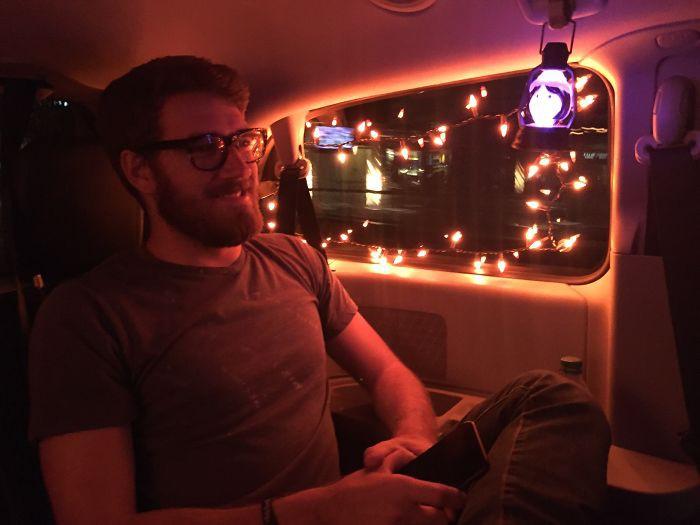 15 dịch vụ chu đáo tới tận chân răng của những tài xế Uber xứng đáng được hẳn 6 sao - Ảnh 5.
