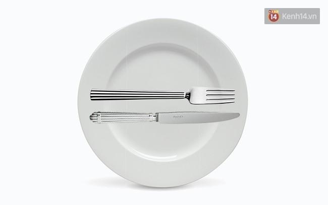 5 cách đặt dao dĩa nên ghi nhớ để là người khi ăn trông cũng sang - Ảnh 7.