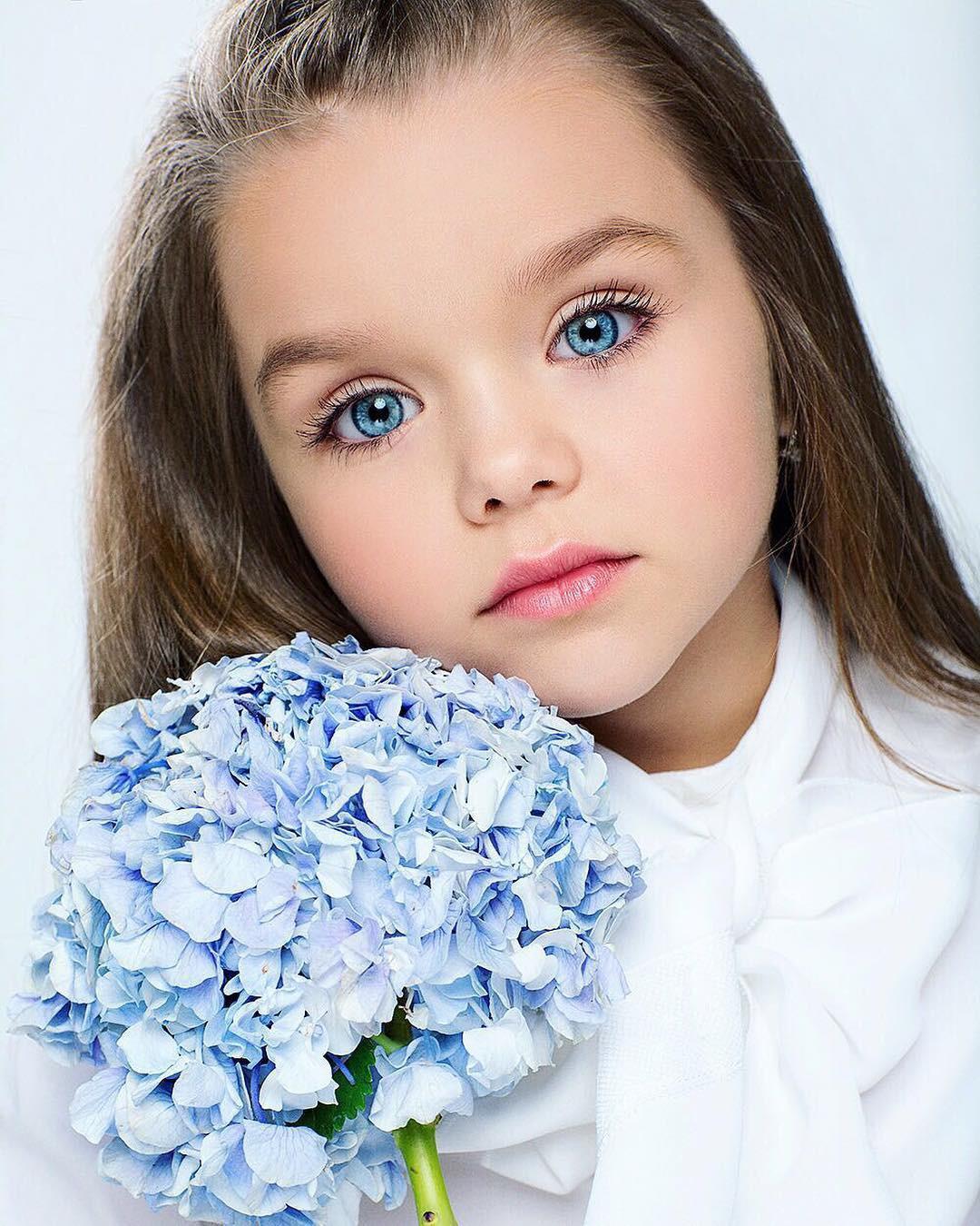 Chiêm ngưỡng dung nhan của bé gái xinh nhất thế giới - Ảnh 5.