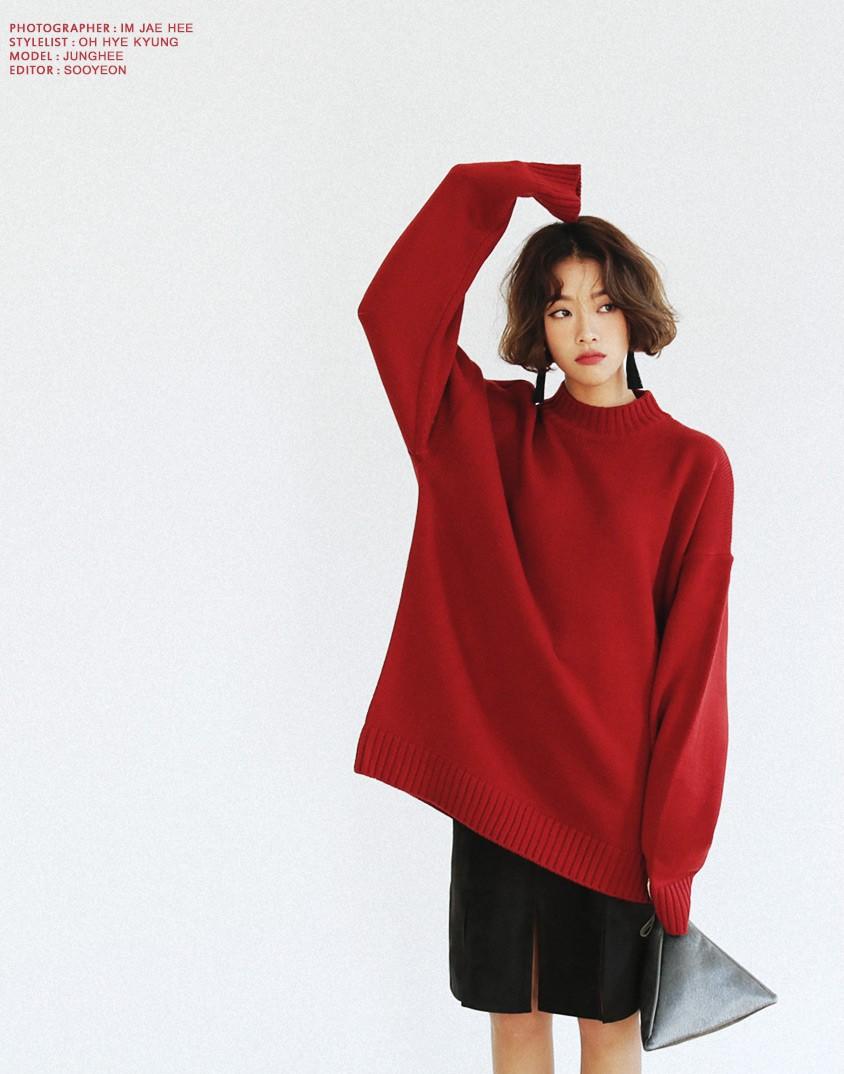 Đi chơi Giáng sinh nhất định phải diện áo len đỏ và đây là 12 gợi ý mix đồ với áo len đỏ xinh lung linh cho bạn - Ảnh 4.