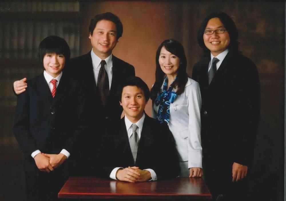 Bí quyết 10 KHÔNG của bà mẹ có 3 con đỗ vào ĐH Stanford - Ảnh 3.