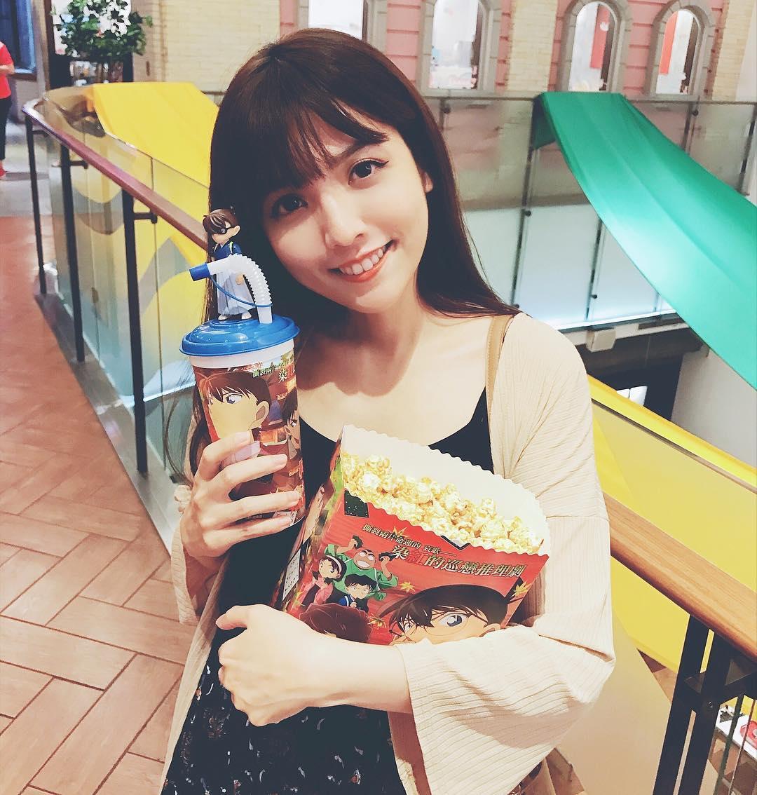 Không chỉ blogger Hàn, blogger Trung Quốc cũng toàn những cô nàng vừa xinh vừa giỏi - Ảnh 23.