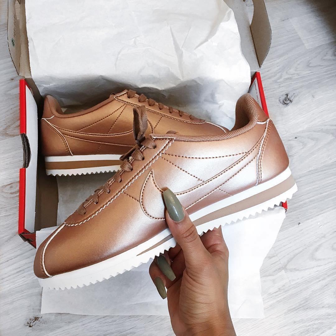 4 xu hướng sneaker đang ám ảnh các tín đồ thời trang toàn cầu bạn không thể ngó lơ - Ảnh 12.