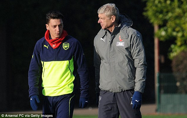 Mesut Ozil: Sa thải Wenger thì tôi cũng đi - Ảnh 1.