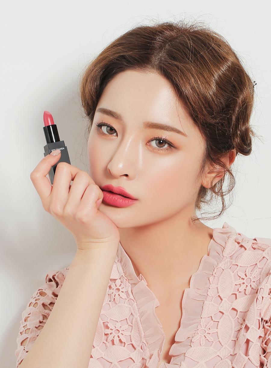 5 cây son Hàn chỉ đánh riêng không makeup vẫn lên màu siêu đẹp và tôn da - Ảnh 6.