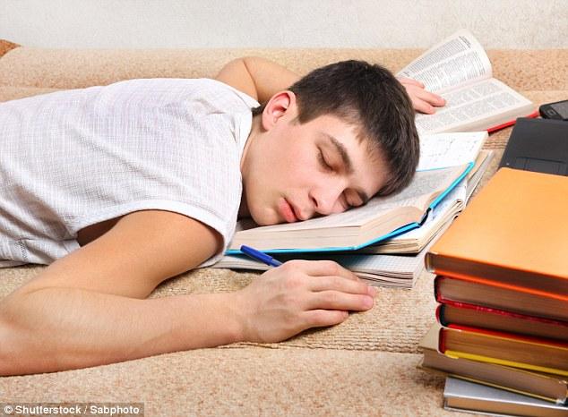 Hãy để người trẻ được ngủ đủ giấc nếu không muốn biến họ thành tội phạm sau này - Ảnh 2.