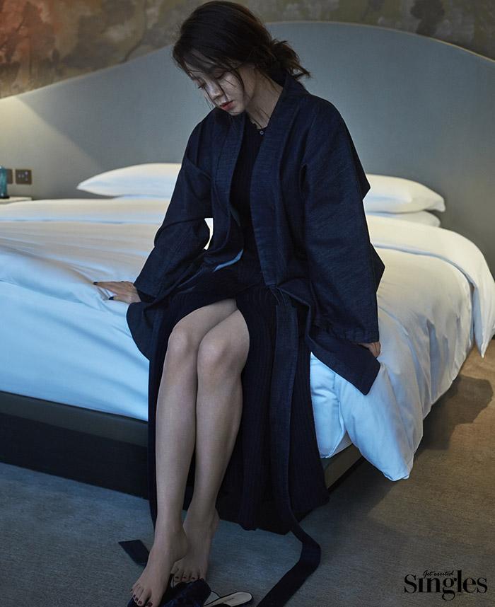 Suzy xinh đẹp nhưng style nhạt hơn hẳn các sao nữ khác trên tạp chí tháng 1 - Ảnh 16.