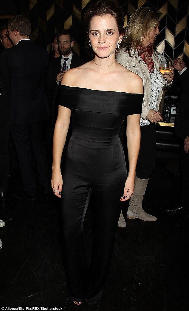 27 tuổi, Emma Watson đã lộ dấu hiệu lão hóa trên thảm đỏ LHP Tribeca - Ảnh 8.