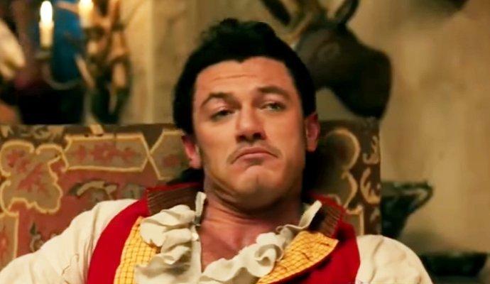 Quên Quái vật đi, Gaston mới chính là mẫu đàn ông các cô gái phải lấy làm chồng! - Ảnh 4.