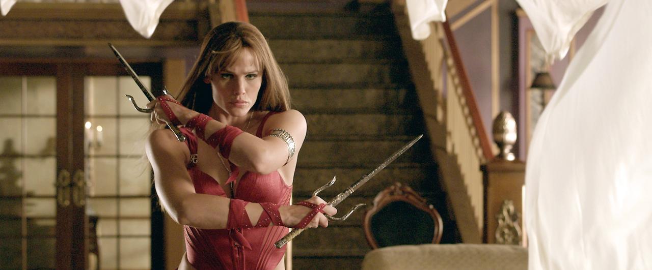 Wonder Woman và trách nhiệm giải đen cho các phim về nữ anh hùng - Ảnh 4.