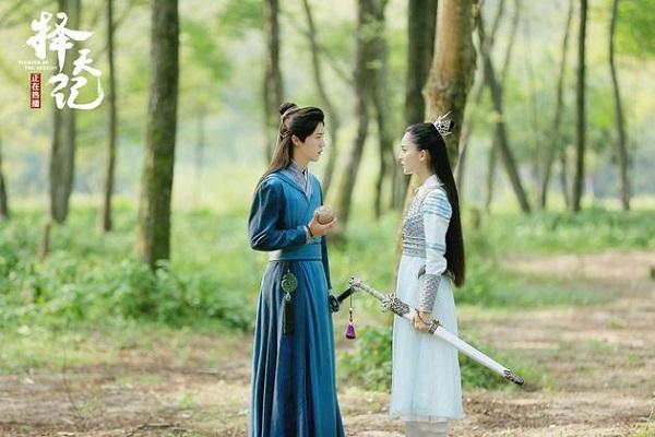 """""""Trạch Thiên Ký"""": Luhan đau lòng """"thoa son"""" cho Cổ Lực Na Trát - Ảnh 4."""
