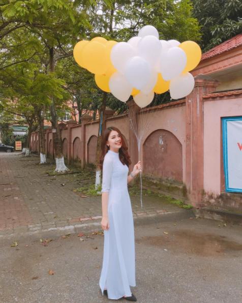 Con gái Việt vẫn xinh đẹp và dịu dàng nhất khi mặc áo dài trắng! - Ảnh 6.