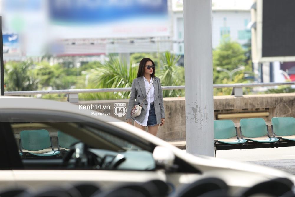 Chi Pu diện trang phục sành điệu, xuất hiện tươi tắn ở sân bay để sang Mỹ dự sự kiện - Ảnh 4.