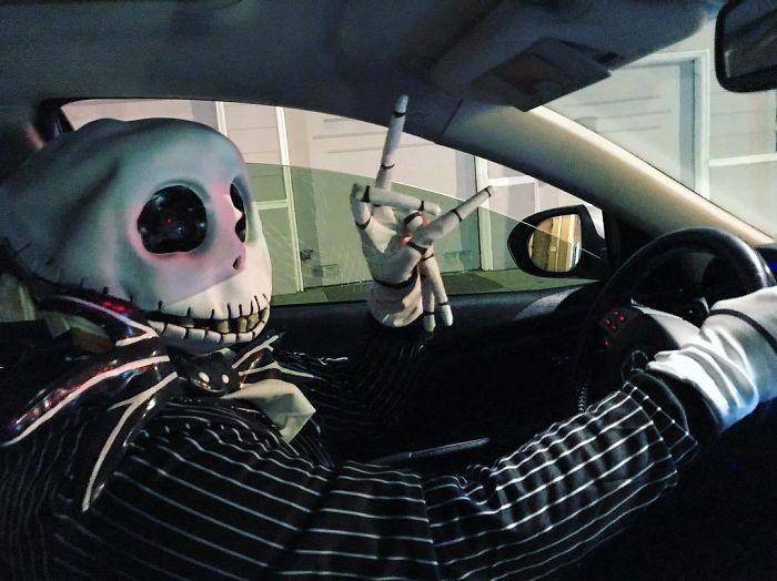 15 dịch vụ chu đáo tới tận chân răng của những tài xế Uber xứng đáng được hẳn 6 sao - Ảnh 25.