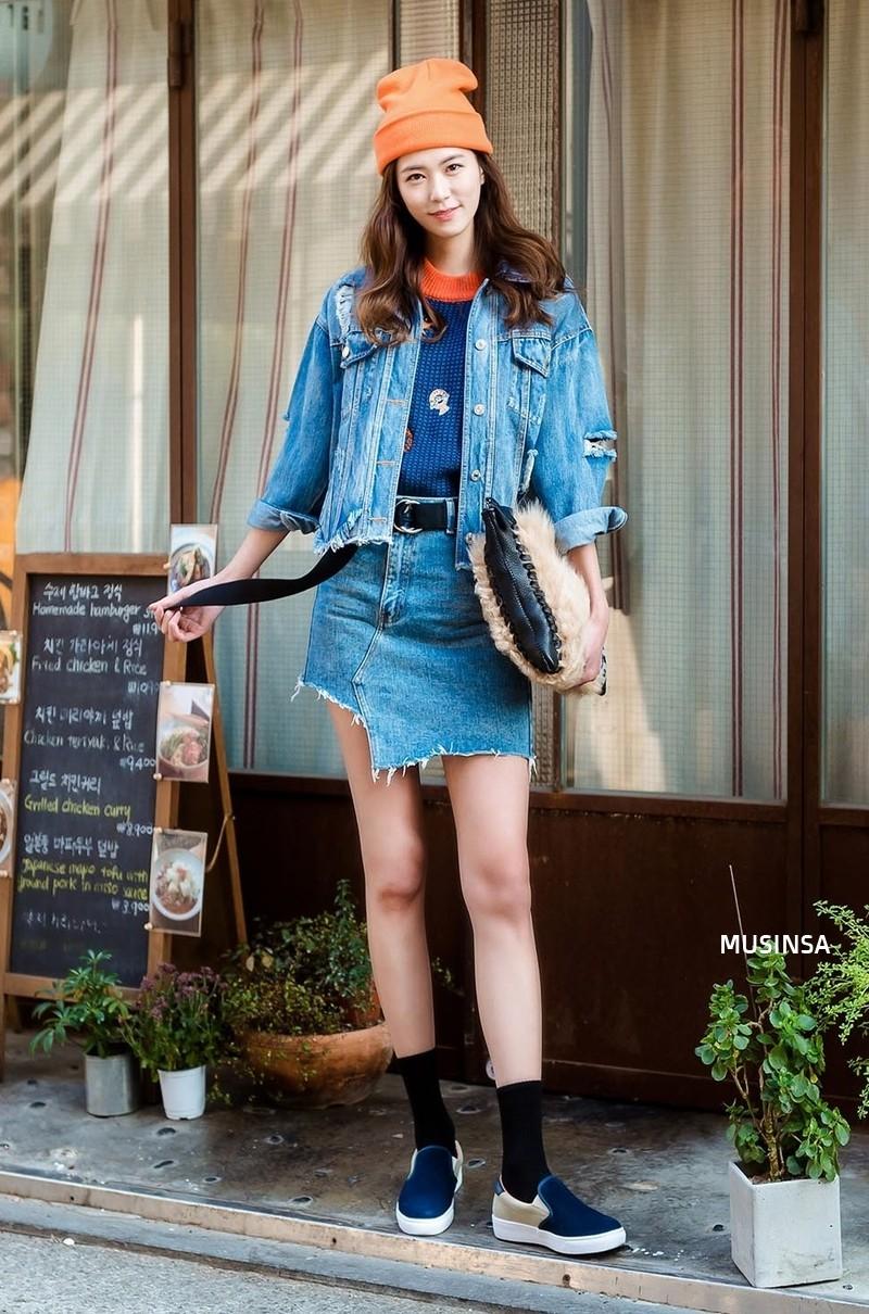 Ngắm street style màu mè nhưng chất lừ của giới trẻ Hàn, bạn sẽ học được chân kinh mặc đơn giản mà vẫn đẹp mê ly - Ảnh 4.