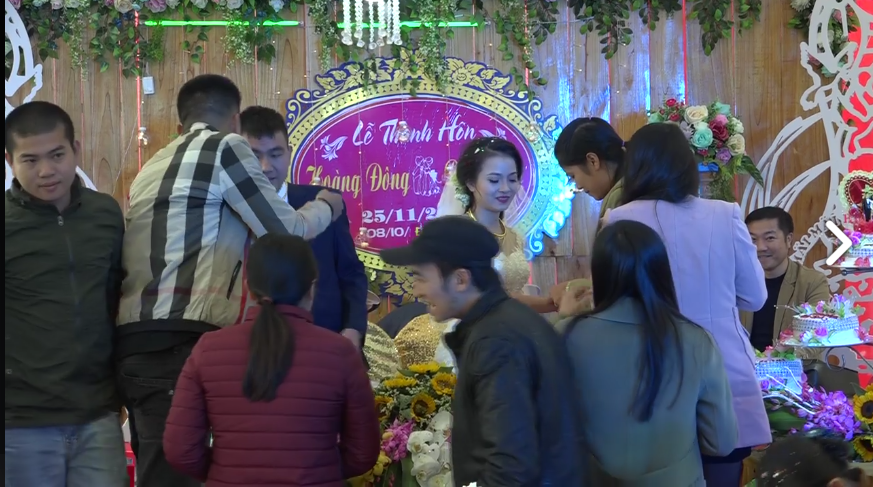 Cặp đôi được tặng nhiều vàng trong ngày cưới đến nỗi đủ mở cả tiệm trang sức - Ảnh 5.