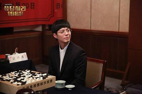 Đặt lên bàn cân: Sự khác biệt nhan sắc giữa nam thần thanh xuân hai xứ Trung - Hàn