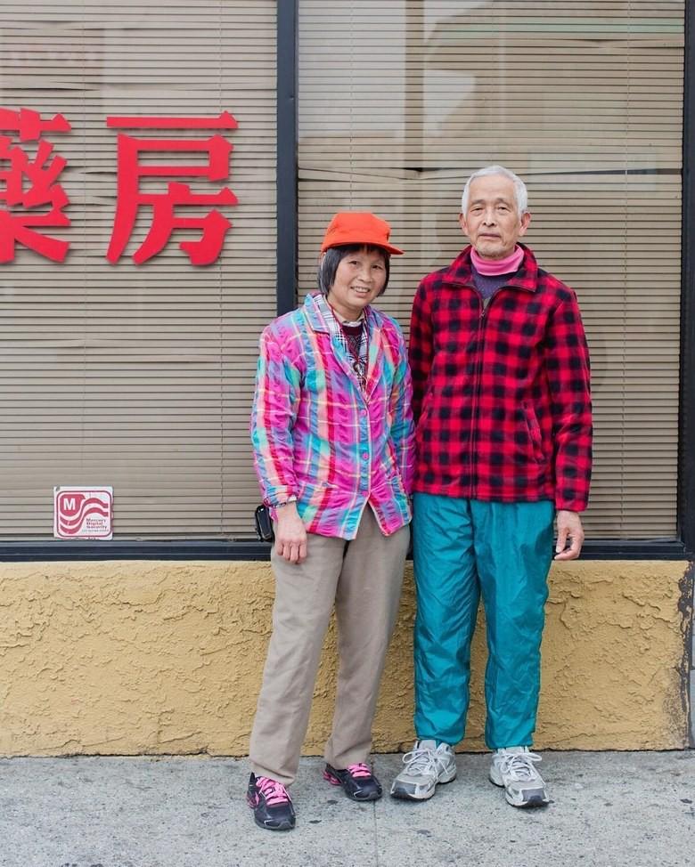 Không đăng hình giới trẻ, tài khoản Instagram này lại tôn vinh street style đi chợ của các cụ già và được hưởng ứng vô cùng - Ảnh 7.