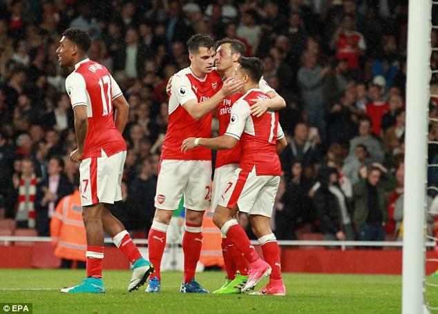 Europa League không phải là điều tồi tệ nhất với Arsenal - Ảnh 2.
