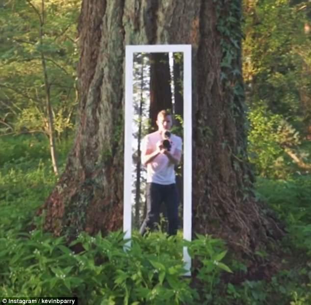 Anh chàng bước vào thế giới trong gương và mọi người không tin nổi vào mắt mình - Ảnh 3.