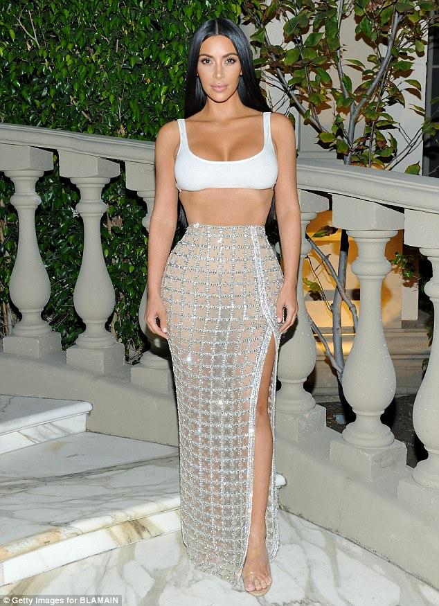 Giảm cân thì phải như Kim Kardashian, eo nhỏ tới mức không mặc vừa quần! - Ảnh 4.