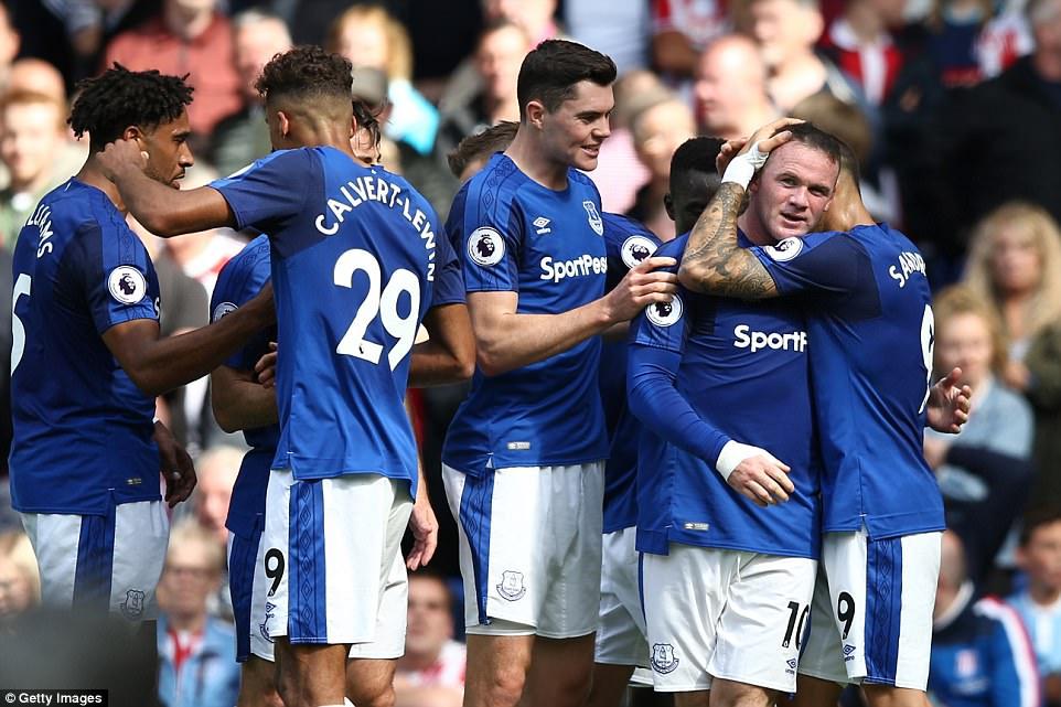 Rooney đóng vai người hùng, viết tiếp chuyện cổ tích với Everton - Ảnh 3.