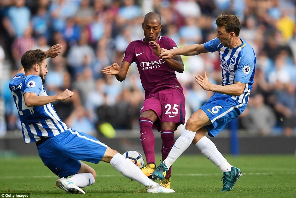 Man City toát mồ hôi giành 3 điểm trước đội bóng mới lên hạng - Ảnh 3.