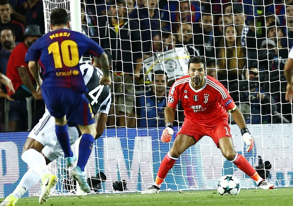 Cuối cùng Messi đã phá lưới Buffon, thuần phục bầy ngựa vằn Juventus - Ảnh 3.