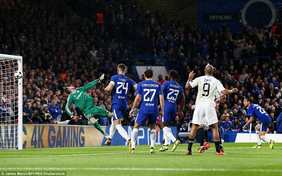 Tân binh tỏa sáng, Chelsea đánh tennis trong trận khai màn Champions League - Ảnh 7.