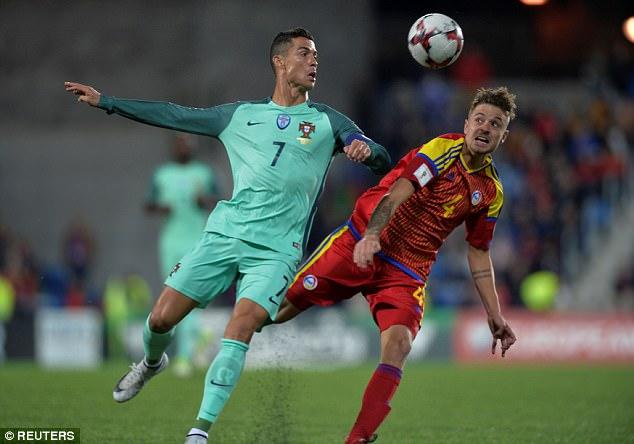 Cứu tinh Ronaldo giúp Bồ Đào Nha mở toang cánh cửa giành vé World Cup 2018 - Ảnh 6.