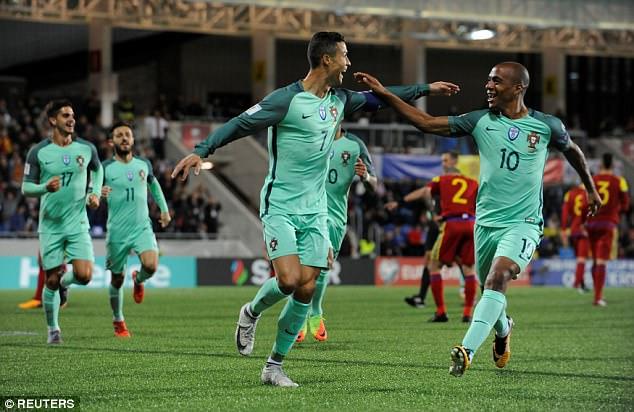 Cứu tinh Ronaldo giúp Bồ Đào Nha mở toang cánh cửa giành vé World Cup 2018 - Ảnh 10.