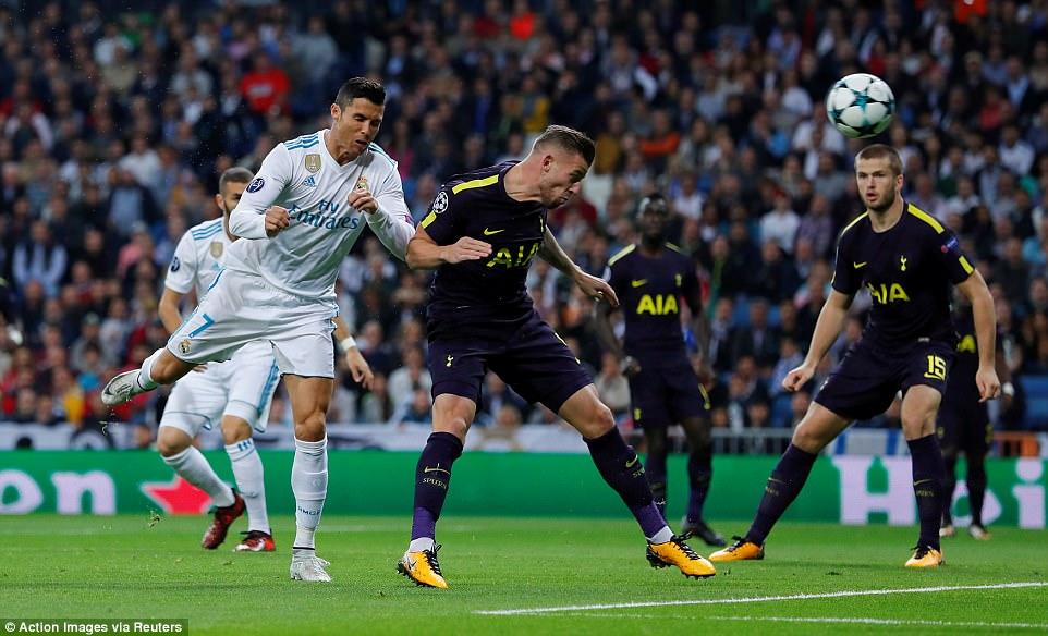 Ronaldo ghi bàn trên chấm penalty, Real Madrid thoát thua Tottenham - Ảnh 6.