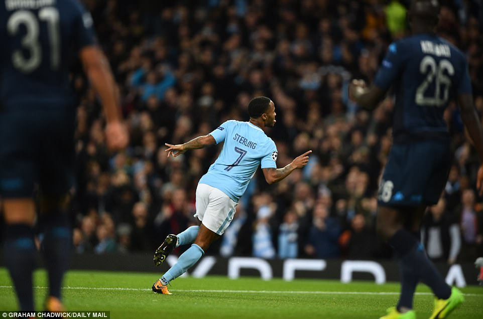 Man City khoe sức mạnh, độc chiếm ngôi đầu bảng F Champions League - Ảnh 4.
