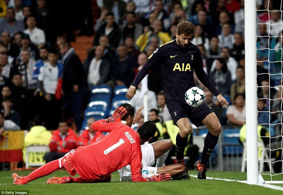 Ronaldo ghi bàn trên chấm penalty, Real Madrid thoát thua Tottenham - Ảnh 4.