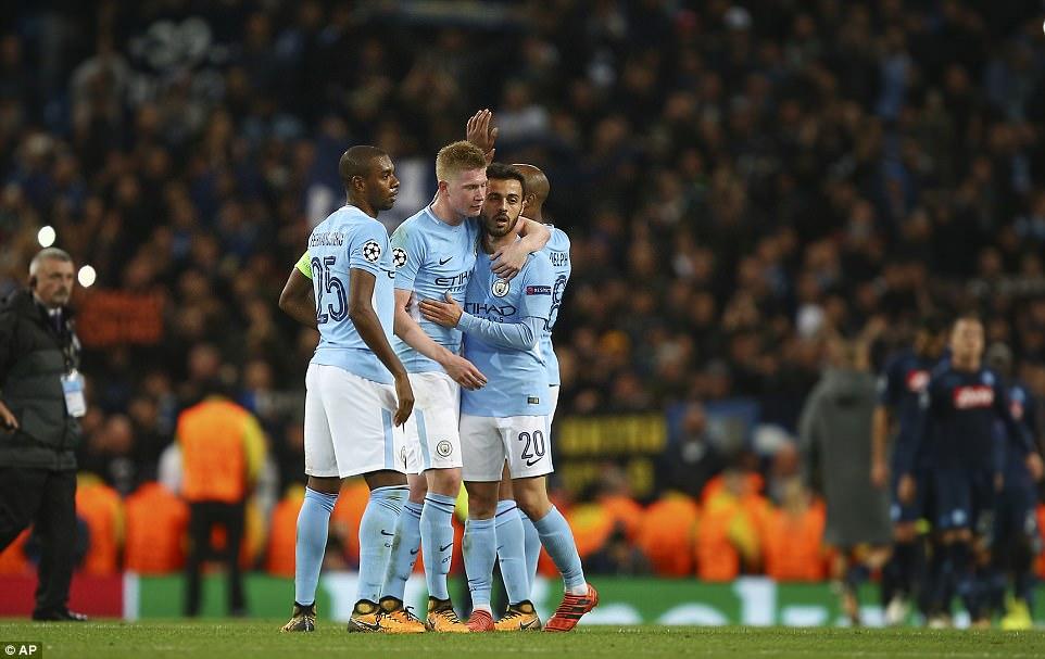 Man City khoe sức mạnh, độc chiếm ngôi đầu bảng F Champions League - Ảnh 16.